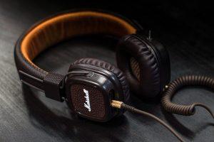 Kopfhoerer als Bluetooth oder mit Kabel